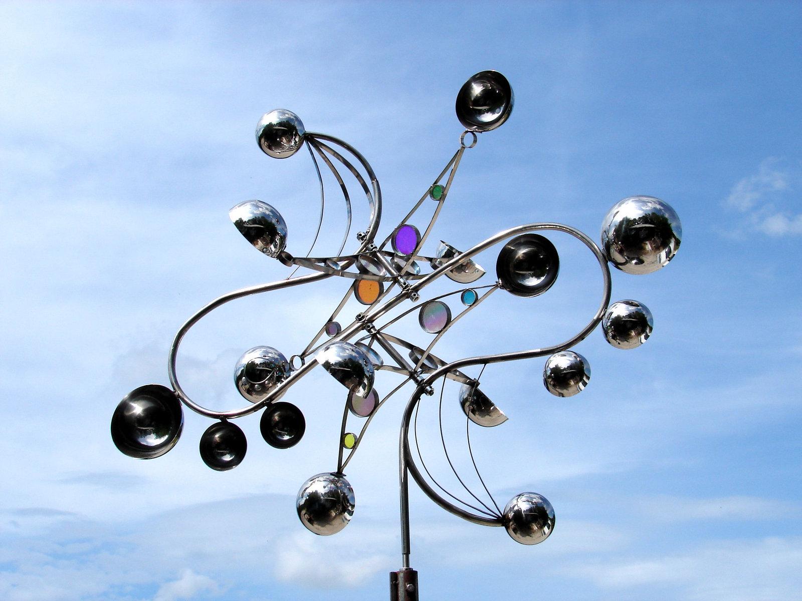 sculpture kinetic